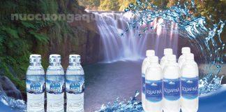 Nên chọn nước uống Aquafina hay Sawanew