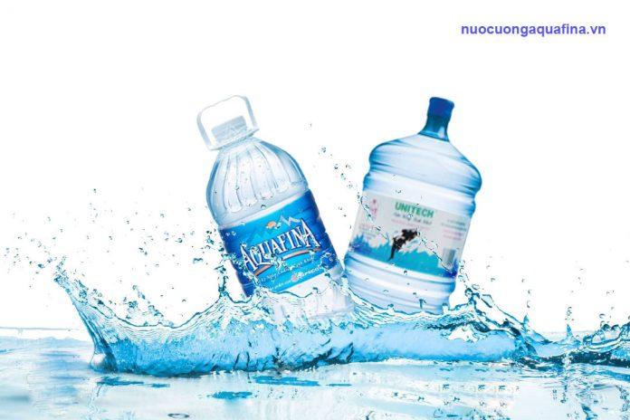 Khác biệt giữa nước tinh khiết Aquafina và Unitech là gì?